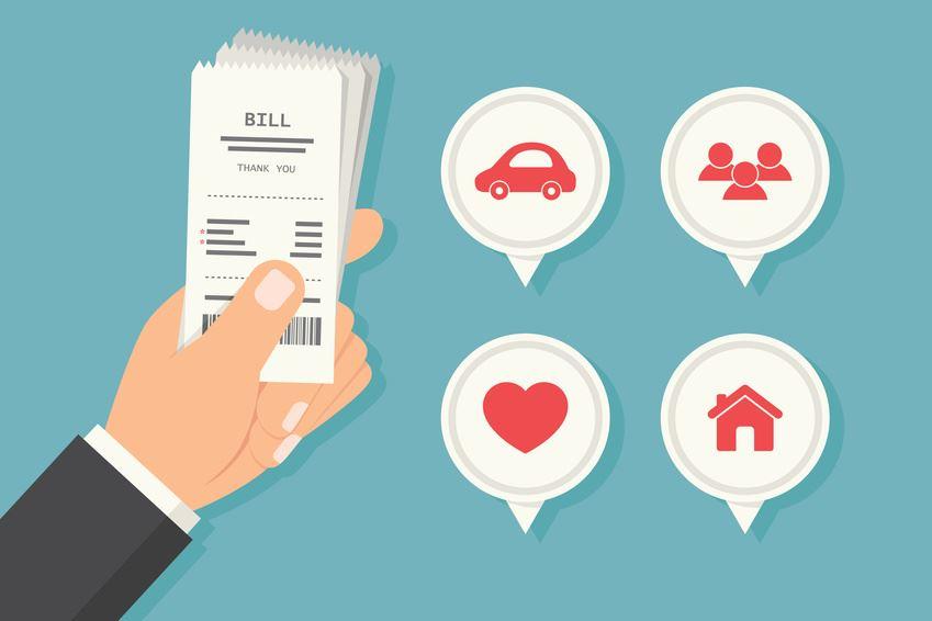 """Lawkey trả lời câu hỏi """"Có tính thuế thu nhập cá nhân với khoản phụ cấp xăng xe hay không?"""" theo các quy định của pháp luật về thuế."""